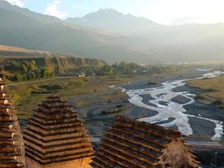 Экскурсия Даргавс город мертвых Осетия
