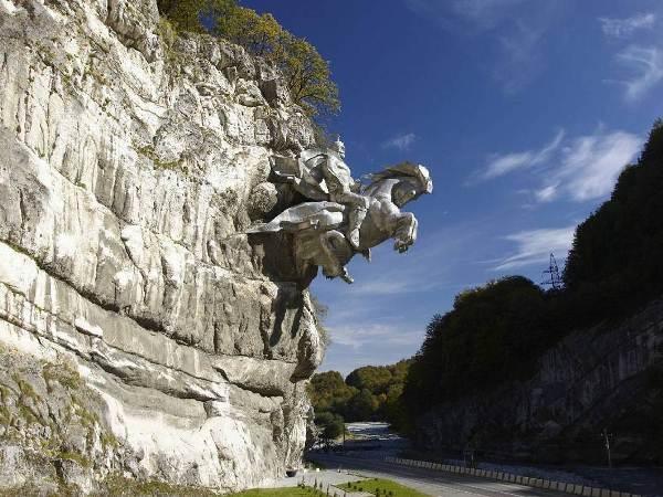 Экскурсия по военно-осетинкой дороге